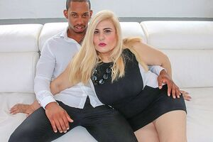 Thick jugged mature D/s huge-titted and pounding a rock hard ebony shaft